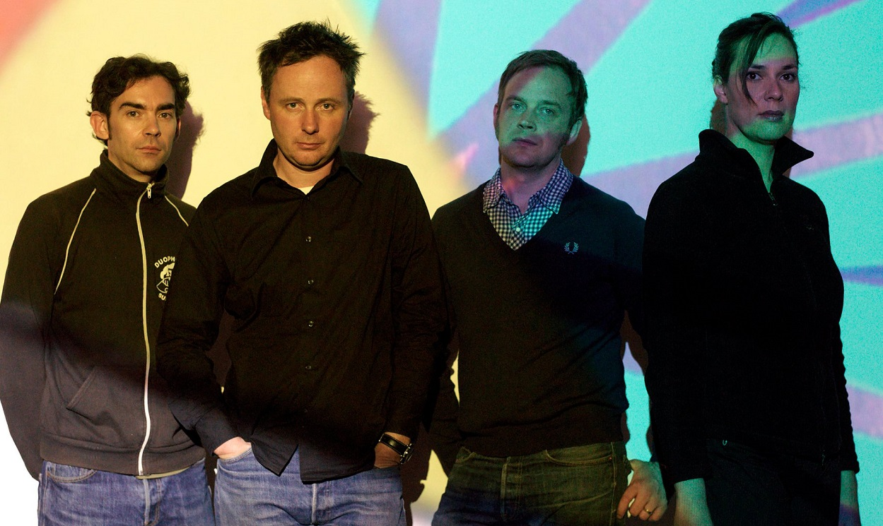 "Stereolab publican ""Household Names"", nuevo single extraído de próximo álbum Electrically Possessed [Switched On Volume 4], cuarta entrega de la serie de compilaciones titulada Switched On"
